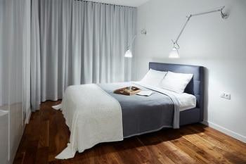 Lampy Do Sypialni Czyli Jakie Oświetlenie Wybrać Leroy Merlin