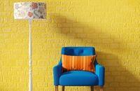 Akcenty kolorystyczne we wnętrzu. Pomysły na ścianę – gra kolorem, naklejki