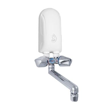 Elektryczny przepływowy ogrzewacz wody 4.5 kW +BAT CHROM DAFI