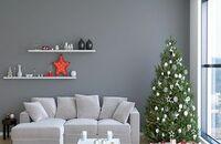Minimalistyczna choinka w stylu skandynawskim. Jakie dekoracje wybrać?