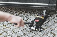 Hydrauliczny podnośnik żaba – wybór, funkcje, zastosowanie