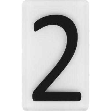 Cyfra 2 wys. 5 cm plexi czarna na białym tle