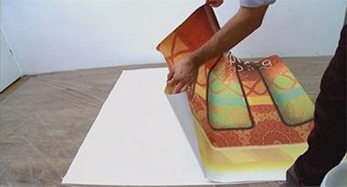 Pokrywanie fototapety klejem